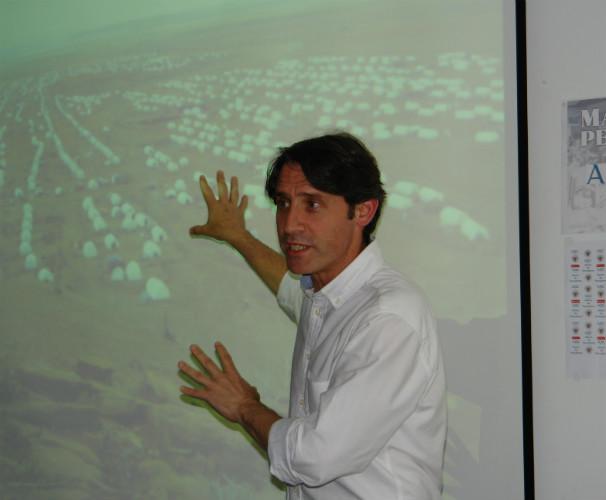 Gonzalo Sánchez Terán durante el encuentro con los alumnos del Máster ABC. Foto: L.A.