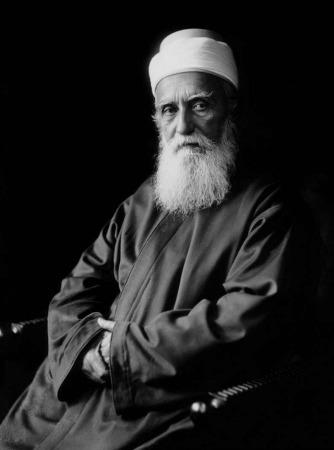 Abdu'l-Bahá fue el hijo mayor de Bahá'u'lláh, el profeta fundador de la Fe bahá´i