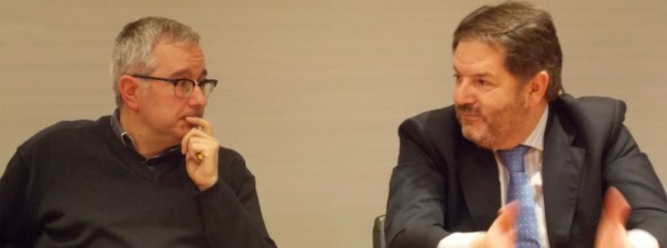 Bieito Rubido, director del periódico ABC, con Alfonso Armada, Director del Máster de ABC. Foto: Francisco Delgado-I.