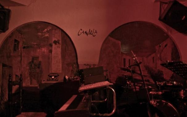 El Candela se prepara para su velada de música. Foto: P. R. G.