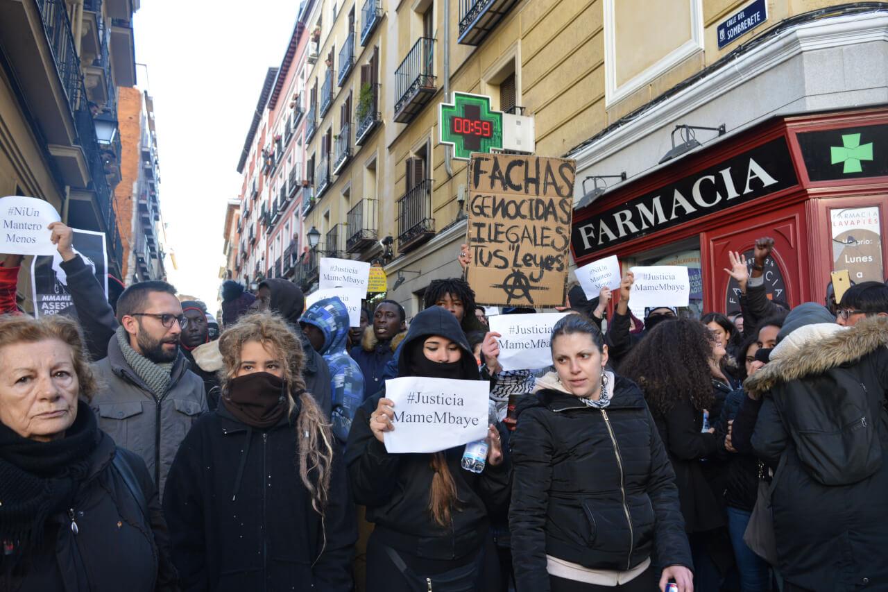 Una densa mayoría de manifestantes eran de nacionalidad española