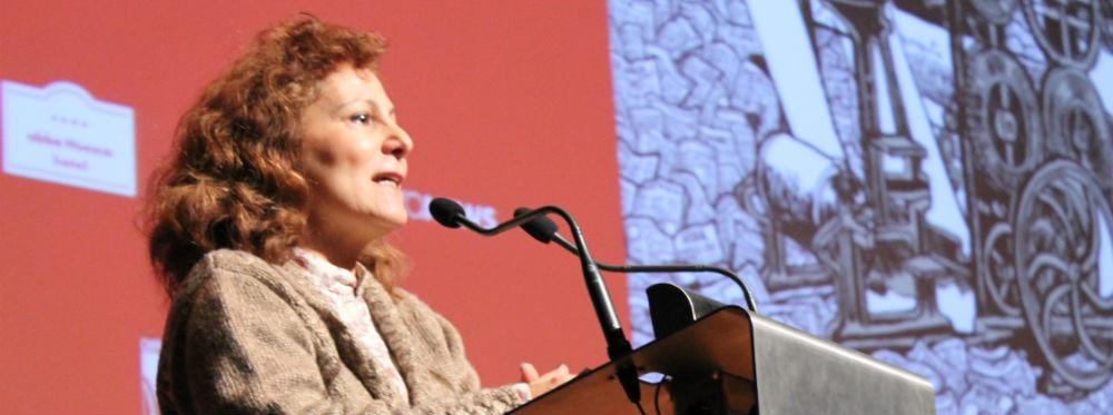 Elsa González en la presentación del Decimocuarto Congreso de Periodismo Digital de Huesca. Foto: C.S