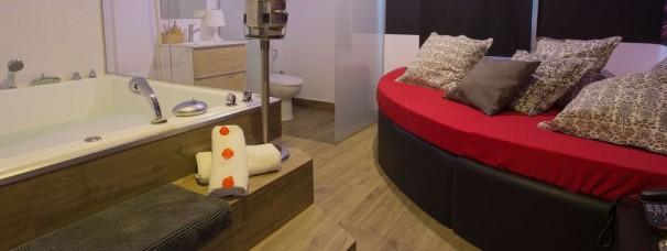 Habitaciones por horas placer y discreci n low cost for Habitaciones por horas girona