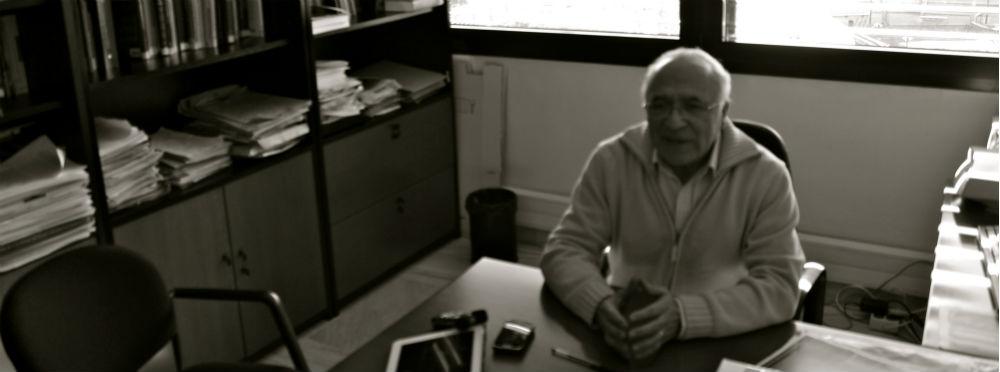 Juan José Tamayo en su despacho de la Universidad Carlos III de Madrid. Foto: V. R. A