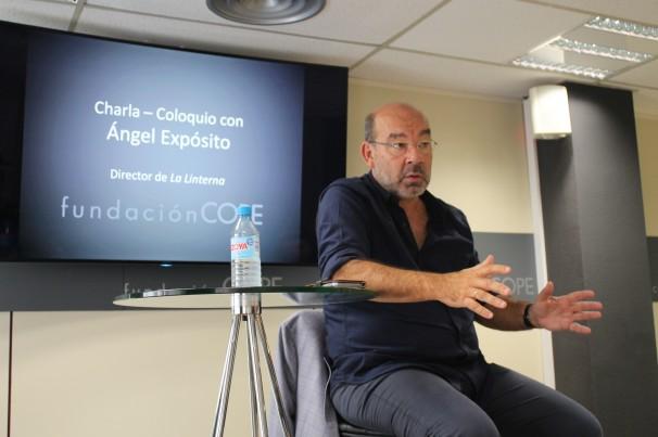 Ángel Expósito en la charla-conferencia en la Fundación COPE. Fotografías: C.Falcón