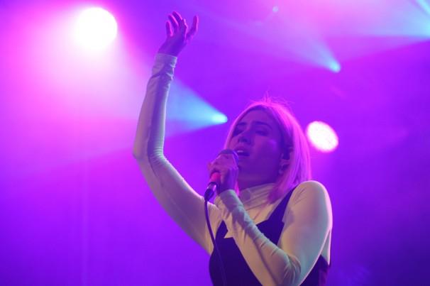 Miriam, del grupo Volver, durante su actuación