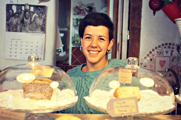 Ana en Ocsi, Café el Mar