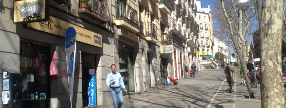Los Comercios De Montaña Del Barrio De Lavapiés Madriláneamadrilánea