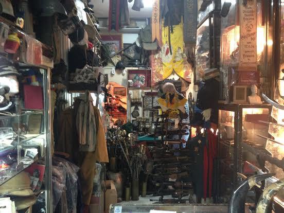 Interior-tienda-antiguedades