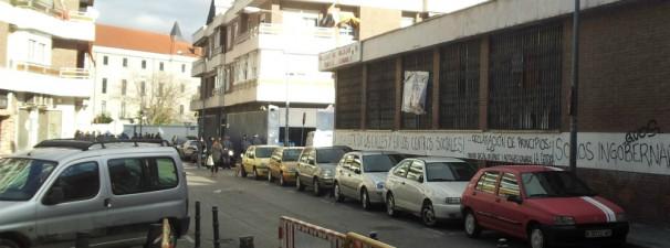 La Policía monta guardia a la puerta de «La Gotera» para evitar la vuelta de los ocupas
