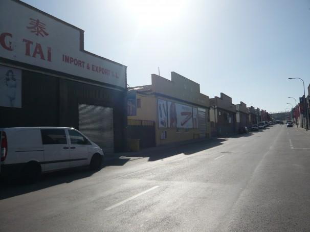 Menos de un quince por ciento de los locales tenían abiertas sus puertas esta mañana
