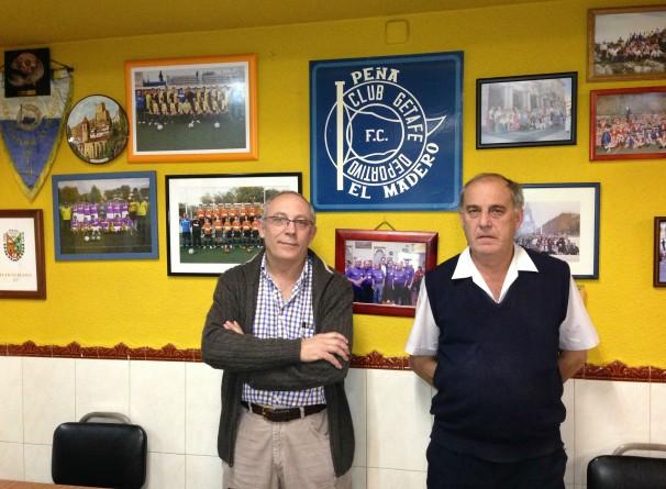 Vicente García y Miguel Sánchez (titular y presidente de la Peña El Madero). Foto: E.J.