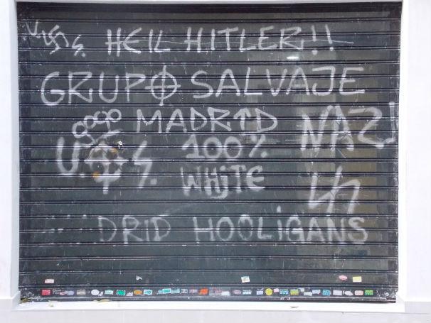 Mensajes neonazis en las inmediaciones del Bernabéu
