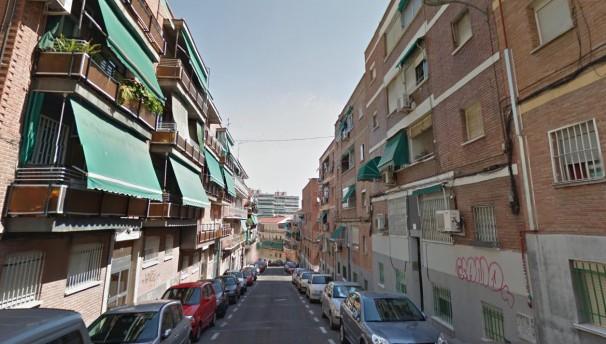 Muchas calles de Latina permanecen ajenas a la Navidad.