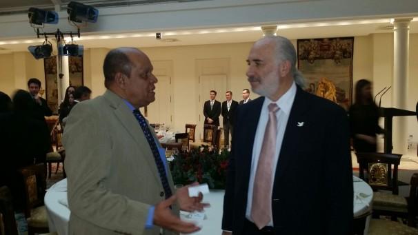 Ulpiano y Embajador de Colombia
