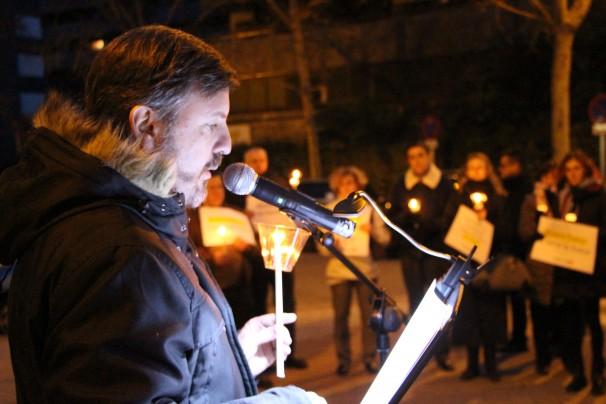 El presidente de HazteOir, Ignacio Arsuaga, interviene durante la protesta