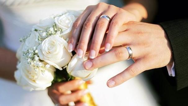Alianzas de una pareja de recién casados - Foto: Agencias