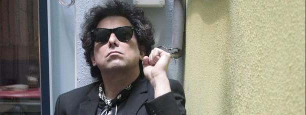 El cantante Argentino Andres Calamaro disfruta de su paso por la ciudad