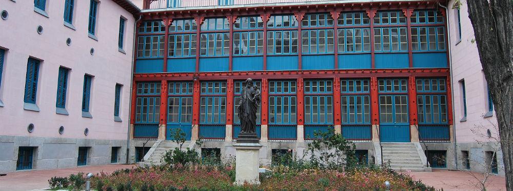 La fachada del Hospital San José