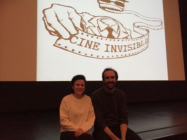 Manuel Arija y Alma Prieto, miembros de la Asociación Cine Invisible. Foto: María Alcaraz