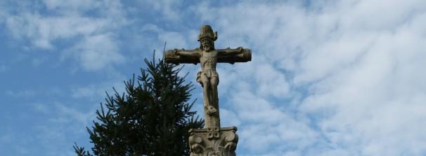 Crucifijo Iglesia Oza dos Ríos. Fotos: Loreto Sánchez Seoane