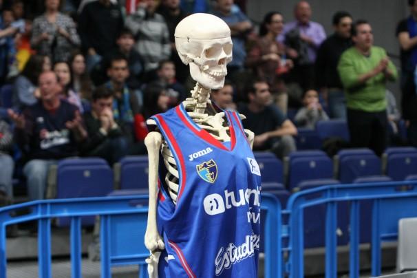 Garibaldi, en el Estudiantes-Gipuzkoa Basket de final de enero. Foto: Club Estudiantes