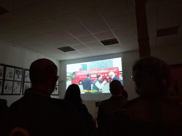 Los asistentes ven «Brexit» en Ateneo Popular de Collado Villalba