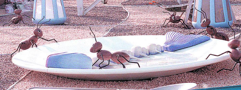 Montaje de hormigas en un plato en el parque temático Warner. Foto: Archivo ABC