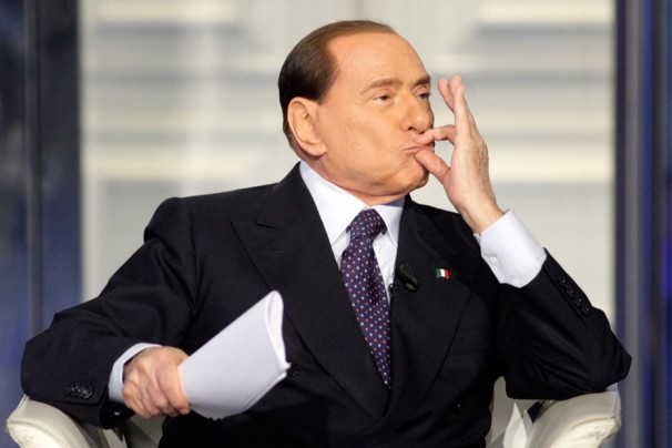 El resultado electoral otorga a Berlusconi poder de decisión. FOTO: REUTERS