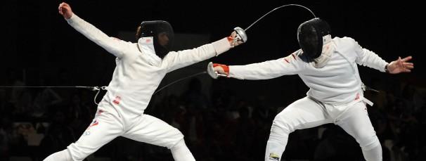 El esgrimista «Pirri» (derecha), participa en un duelo - ABC