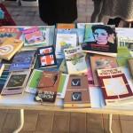 Stand de libros en La Gasolinera Foto: Gabriela Ponte