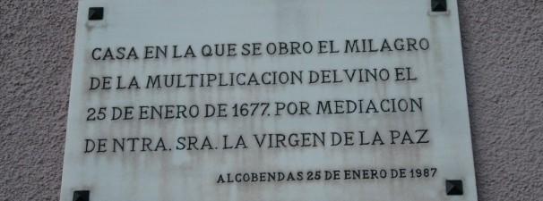 Placa que indica el lugar donde ocurrió el milagro. Foto: Loreto Sánchez Seoane