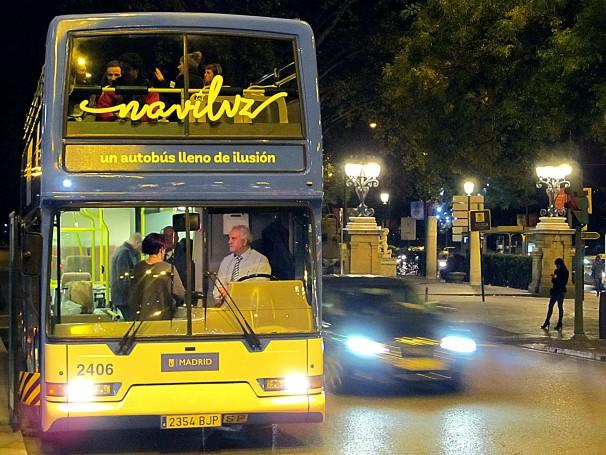 El Naviluz a punto de comenzar su recorrido de prueba en Plaza Cibeles. Foto: Francisco Valente