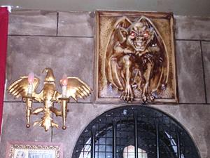 Objeto decorativo de uno de los pasillos de la sala Houdini