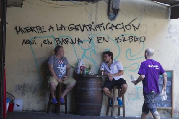 Pintadas en contra de la gentrificación en Lavapiés, Madrid. Foto: Isabel Permuy.
