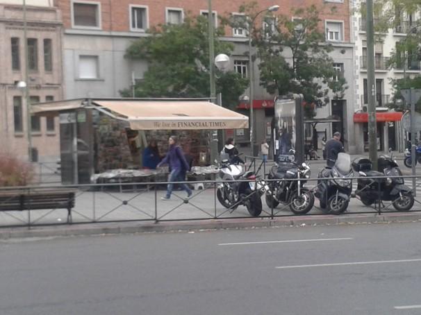 Un quiosco de Cuatro Caminos. Foto: Madrilánea