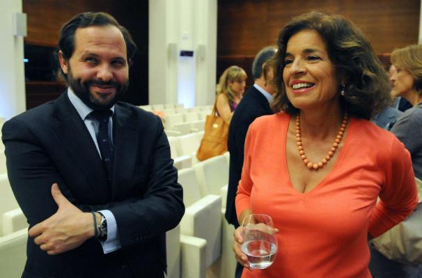 Diego Sanjuanbenito, vicepresidente de la EMT, junto a la alcaldesa de Madrid, Ana Botella. Foto: www.madrid.es