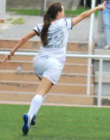Paloma celebra un gol